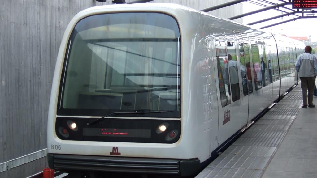 dünyanın ilk sürücüsüz metrosu