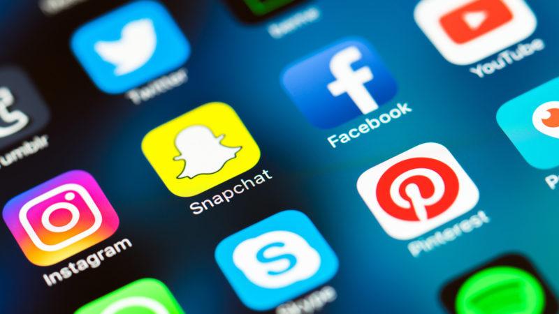 9- Facebook ve Twitter Hesabınızı Bağlayın
